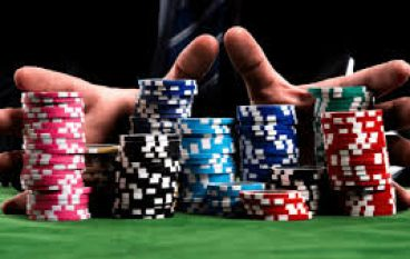 Every Online poker Player Has to Begin at the Start