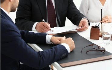 5 Ways Business Lawyers Can Help Your Business