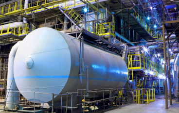 What are the benefits of using the hydrogen storage vessel?