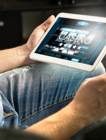 Top reasons for shifting of the demand from land casino to online casino