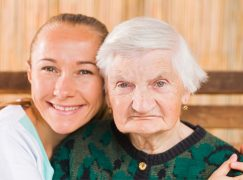 How Friend Finder X Help Senior Citizens in Finding a Right Partner?