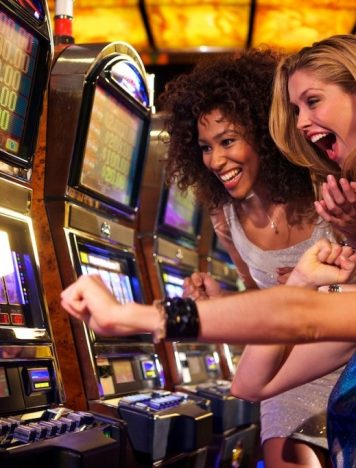 Is it easy to play games on online casino platforms?
