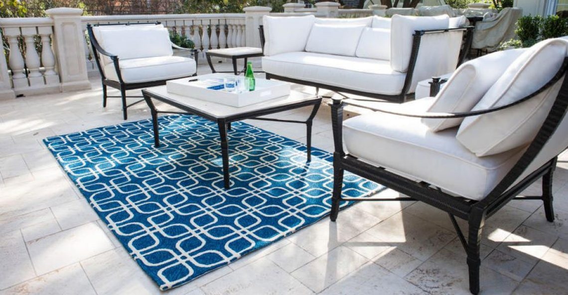 Tips of getting best outdoor carpets