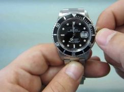 How to Wind a Rolex?